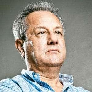 contratar a Julio Velasco